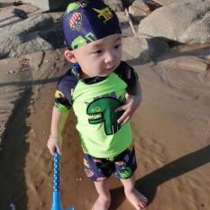 Bộ bơi kèm mũ cho bé trai