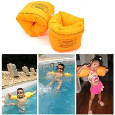 Phao tay tập bơi cho bé