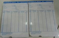 Thẻ Chấm Công Bằng Giấy Ronald Jack 2200