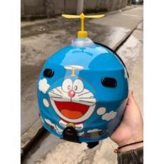 Chong chóng Doraemon gắn mũ bảo hiểm siêu cute