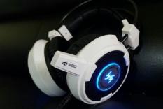 (BẢO HÀNH 6 THÁNG) Tai nghe có dây chụp tai Wangming 8900 , tai nghe gaming có mic ,tai nghe chụp tai có đèn led chuyên dụng cho phòng net