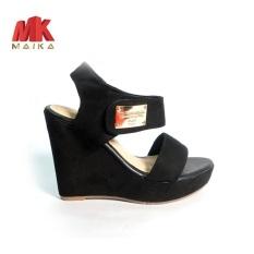Giày đế xuồng nữ quai ngang cao 10 phân S1074 Đen đơn giản, dễ đi MK MAIKA