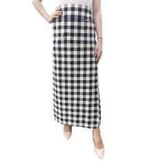 Váy chống nắng loại xẻ tà chất liệu KAKI hoa văn