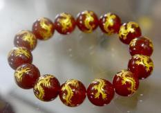 Vòng tay chuỗi đá mã não đỏ khắc hình rồng vàng-Có nhiều cỡ ly-10ly-12ly-14ly-16ly
