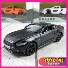 Xe mô hình tỉ lệ 1:36 Ford Mustang bằng sắt màu đen
