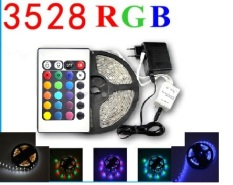 Bộ đèn led 5m 3528RGB trang trí khung tranh + Nguồn + Bộ khiển. Chất liệu: mặt trên có phủ lớp keo chống thấm nước; mặt dưới có dán keo để tiện việc dán dây led lên tường; vách…