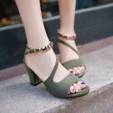 Giày cao gót vuông 7p quai chéo vòng cổ hột vuông thiết kế điệu đà, duyên dáng, trẻ trung, thời trang