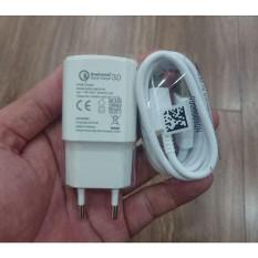 Adapter củ sạc nhanh 18W Qualcomm Quick Charge 3.0 Vsmart chính hãng