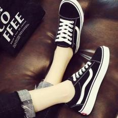 giày thể thao học sinh đen sọc trắng