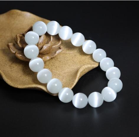 Vòng tay đá Opal mắt mèo trắng 10ly – Vòng tay phong thủy cho người mệnh Kim – Thủy