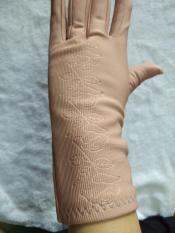 Găng taychống nắng nữ chống tia UV cấp cứu mùa hè nóng bức ( MÀU NGẪU NHIÊN)