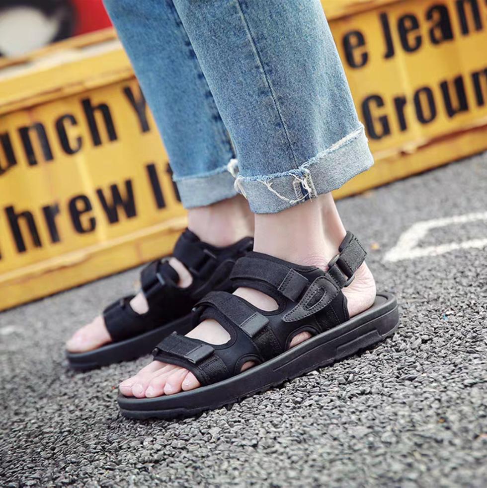 Sandal 3 quai hot hit( size 35-44)