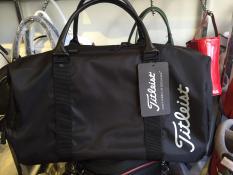 túi đựng đồ golf thời trang màu đen