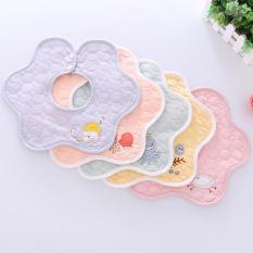 Yếm xoay 360 cho bé chất cotton mềm mịn có lớp chống thấm và cúc bấm chắc chắn – Y3