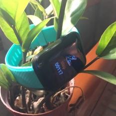 Đồng hồ thông minh smartwatch giá rẻ. Hỗ trợ chăm sóc sức khỏe và hoạt động thể thao. Nhận thông báo cuộc gọi tin nhắn facebook. Chống nước, mặt kính cường lực. Bảo hành 12 tháng