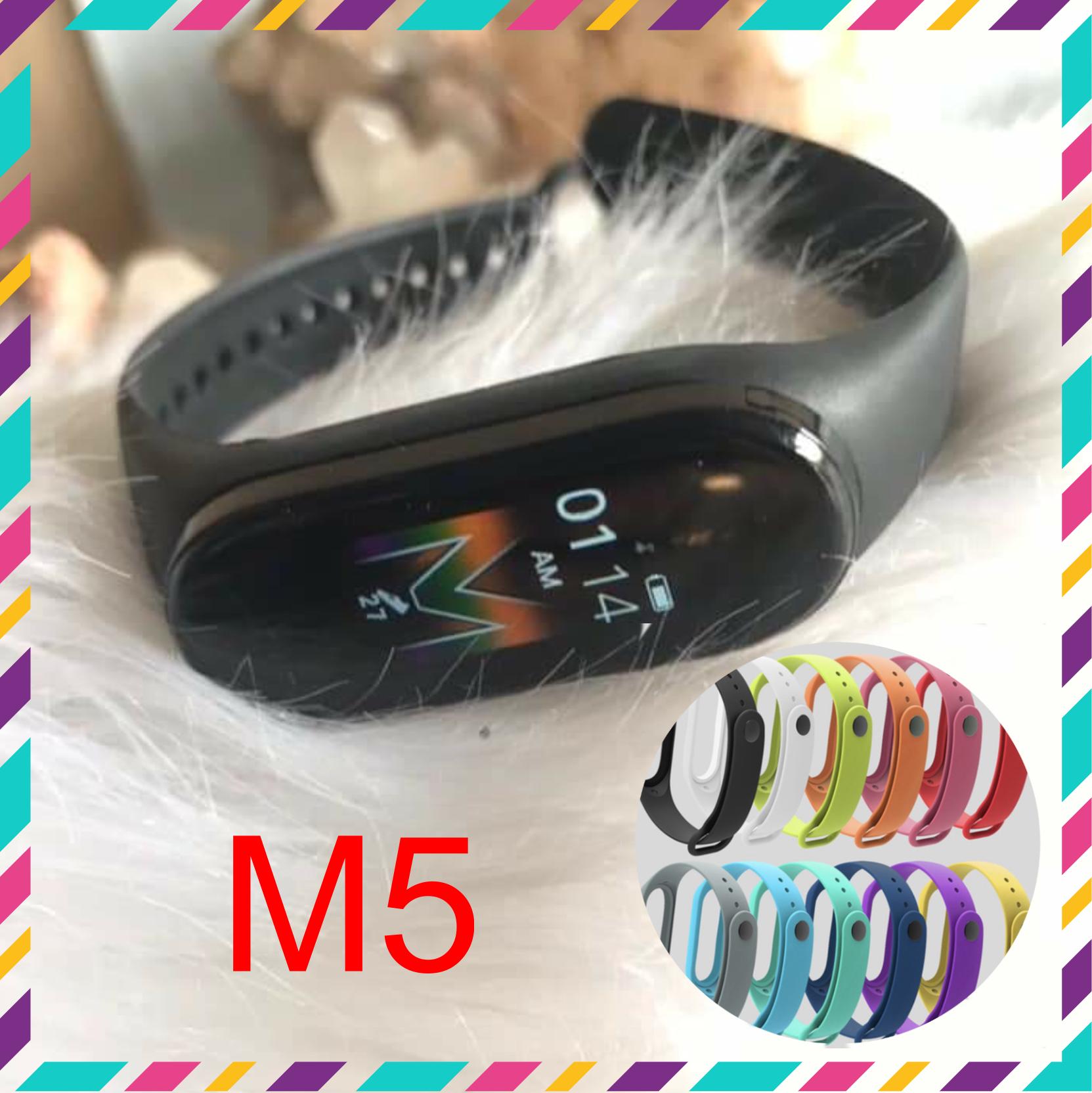 Vòng đeo tay thông minh M5 mới. Hàng chuẩn kiểu dáng giống y hệt xiaomiband5. Thay được hình nền cá nhân. Tặng kèm dây đeo thay thế. Tiện tích theo dõi sức khoẻ, thông báo cuộc gọi, nhắn tin, facebook, zalo. Chống nước