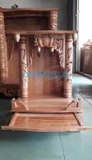 Bàn thờ thần tài gỗ xoan có cột chữ, mân to 48x68CM