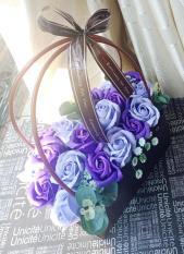 Giỏ bông sáp thơm trang trí bàn tiệc, giỏ nhựa cầm tay hoặc lọ gỗ