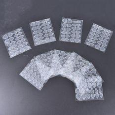 1 set gồm 24 miếng keo dán silicone 2 mặt trong suốt dùng để dán móng tay giả