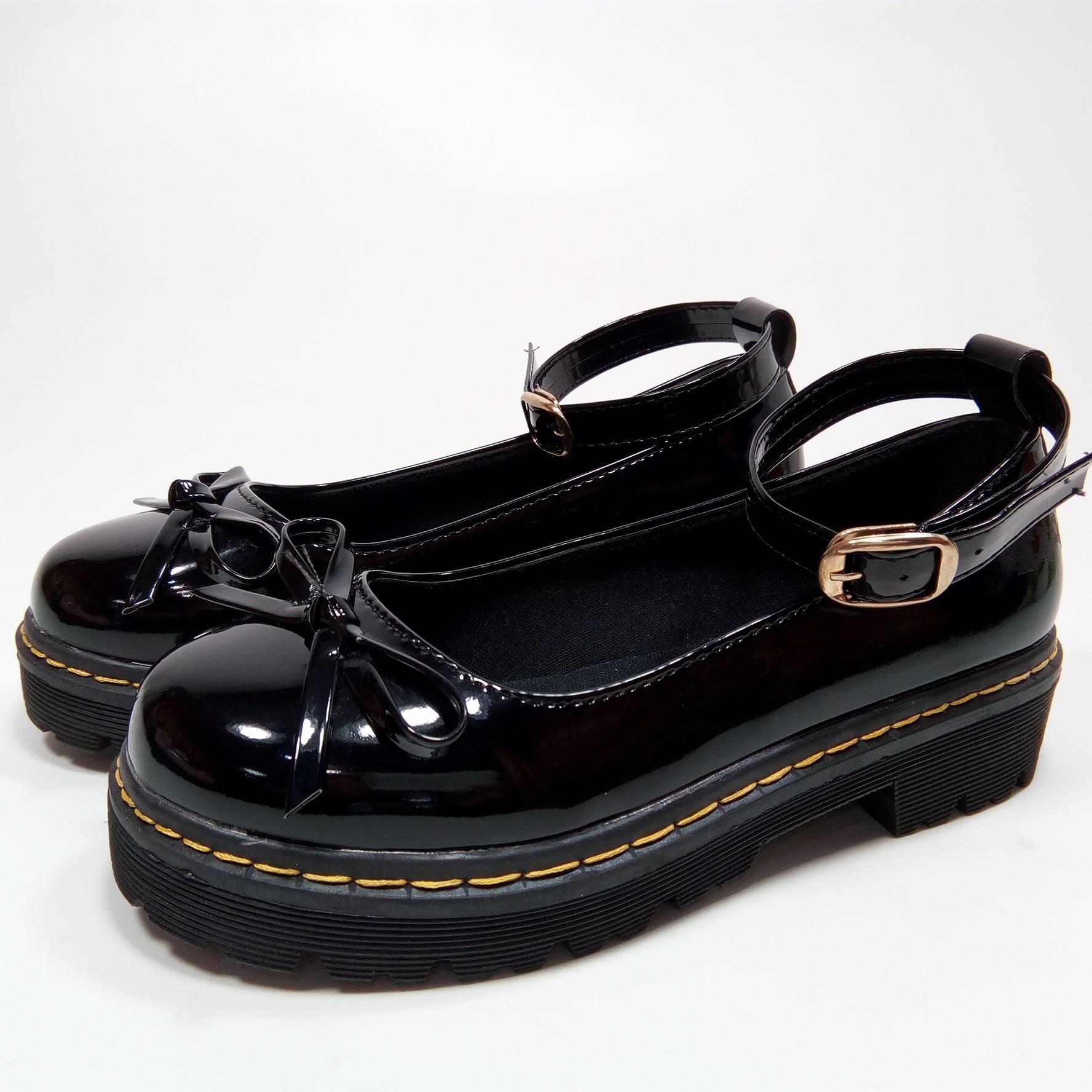 Giày lười cài quai đính nơ GokiChi 5832 (Đen).