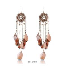 Bông tai vintage phong cách bohemian sợi hạt và lông vũ nâu