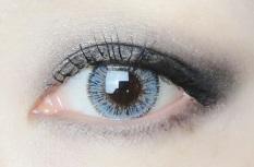 Kính áp tròng+ khay dụng cụ+ ngâm+ nhỏ mắt