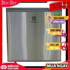 Tủ lạnh Electrolux EUM0500SB 50 lít Kích thước rất nhỏ gọn nên dễ dàng di chuyển Độ lạnh tốt và làm lạnh thực phẩm sâu Công nghệ làm lạnh trực tiếp Thân thiện với môi trường- Bảo hành 2 năm