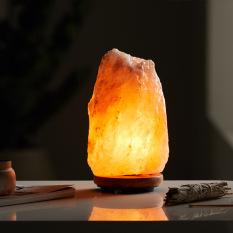 Đèn đá muối tự nhiên – hút tài lộc, vượng phong thủy