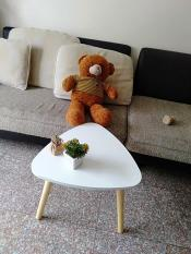 Bàn tam giác mini sofa ngồi bệt cà phê 50