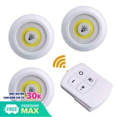 Bộ 3 đèn LED dán tường có điều khiển từ xa tiện lợi. Dùng ở bất cứ nơi nào bạn muốn như khu vực bếp, hành lang,phòng tắm, phòng ngủ, phòng khách, trong xe hơi