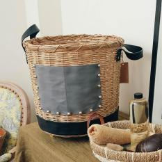Giỏ đựng đồ giặt ủi cao cấp Fusion Laundry Basket làm từ mây đan dáng tròn có quai xách tiện dụng