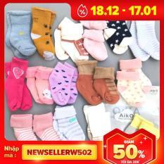 Set 3 đôi tất len xù siêu ấm cho bé 0-12 tháng, sản phẩm tốt, chất lượng cao, cam kết như hình, độ bền cao, xin vui lòng inbox shop để được tư vấn thêm về thông tin
