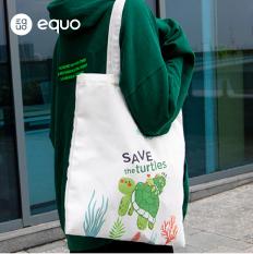 Túi vải EQUO thiết kế Save the Turtles sử dụng được nhiều lần size 630*350