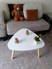 Bàn tam giác sofa phòng khách