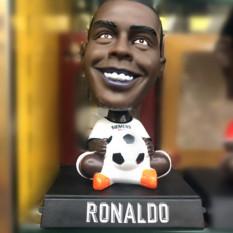 Taplo ô tô xe hơi cầu thủ bóng đá Ronaldo CR7,Messi,Salah,Beckham,Ronaldo Béo,Pogba để trang trí tượng xe hơi ôtô,để bàn làm việc,góc học tập,làm đồ chơi oto trưng bày siêu ấn tượng – Hieubongda