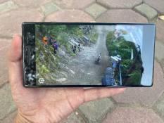Điện thoại Lenovo Phab 2 Pro – Xem phim max Phê – chơi game bao mượt – Màn 6.4′, độ phân giải 2K – 2 sim LTE – Pin trâu bò – Mua hàng tại ZinMobile