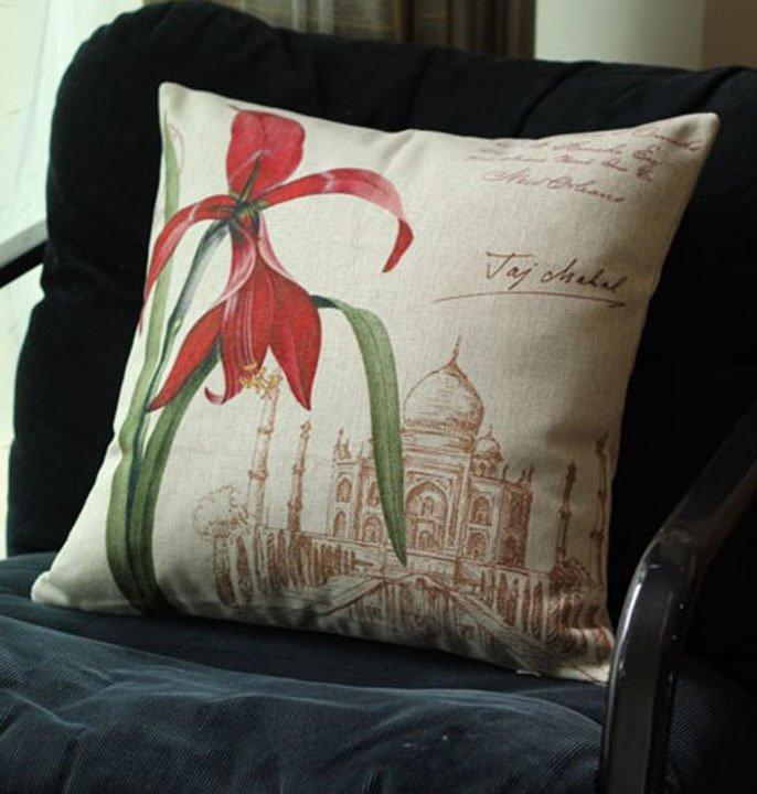 Gối trang trí sofa 3d họa tiết hoa loa kèn đỏ DAG08